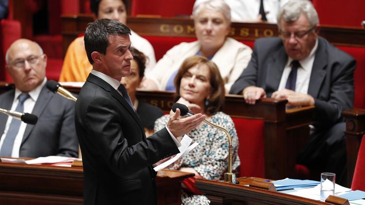 رئيس الوزراء الفرنسي مانويل فالس يلقي كلمة أمام أعضاء الجمعية الوطنية الفرنسية في 20 يوليو/تموز
