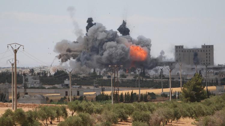 المعارضة السورية تدعو التحالف الدولي إلى تعليق غاراته بعد مقتل مدنيين في منبج