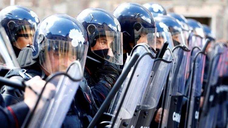 اعتقال 10 أشخاص في إيطاليا لتهريبهم مهاجرين إلى شمال أوروبا