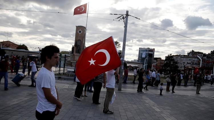 سريان حالة الطوارئ في تركيا والبرلمان يصادق عليها