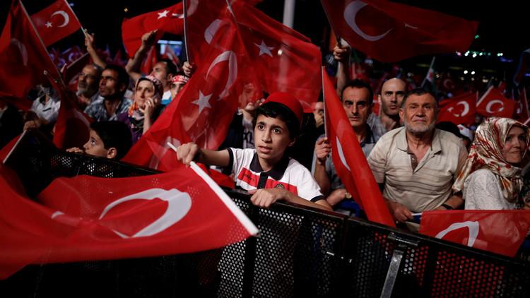 وزير العدل التركي: الهدف من الطوارئ منع وقوع انقلاب ثان