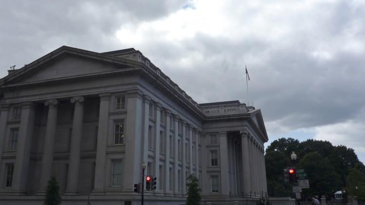 واشنطن تفرض عقوبات على أفراد وشركات على صلة بالحكومة السورية