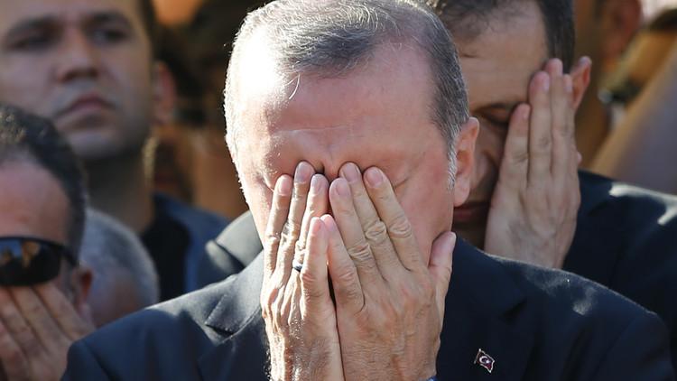 أردوغان يعلن 15 يوليو يوم ذكرى ضحايا الانقلاب