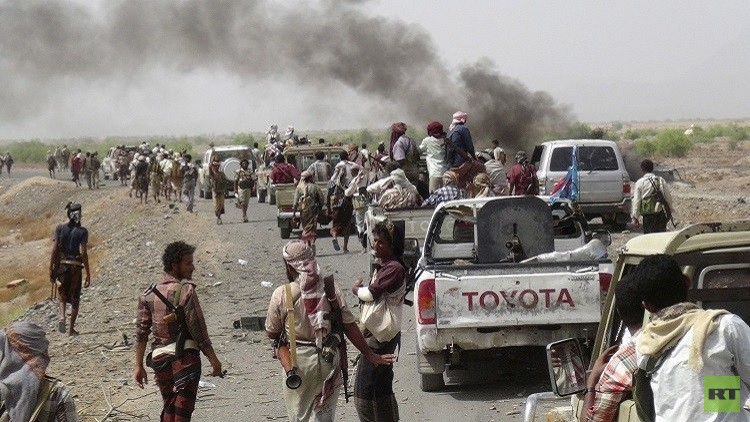 الحوثيون يسيطرون على آخر معاقل أنصار هادي في إب