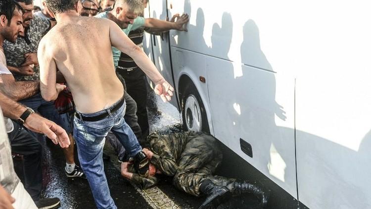 العفو الدولية: تعذيب معتقلين انقلابيين في تركيا