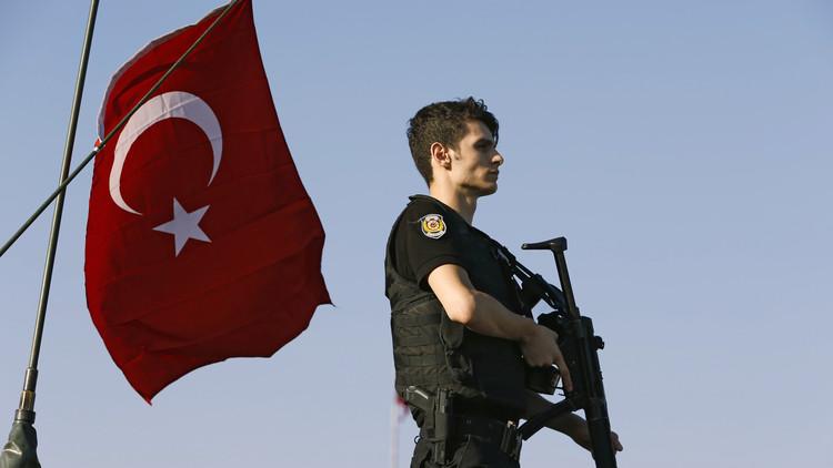 رئيس الأركان التركية يكشف تفاصيل التفاوض مع الانقلابيين