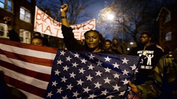 مايكل جوردان يعارض عنف الشرطة الأمريكية ضد السود
