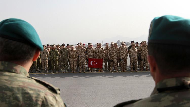 الإمارات تسلم تركيا جنرالين تهربا من الملاحقة