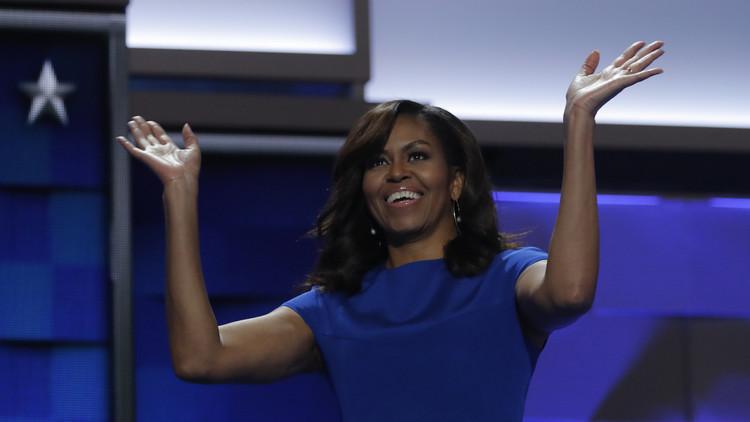أوباما: بلدنا مبارك بسيدته الأولى ميشيل