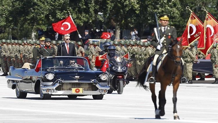 أردوغان يبدأ بتشكيل جيش تركيا الجديد