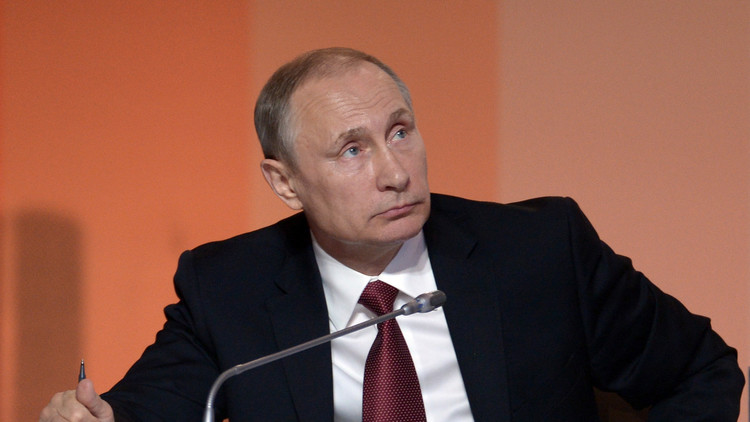 الكرملين: بوتين قد يحضر مباراة كرة القدم في أنطاليا