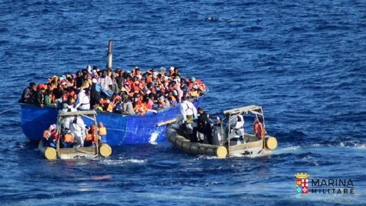 إنقاذ أكثر من 3400 مهاجر قبالة السواحل الليبية