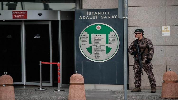 تركيا تفرج عن 758 عسكريا احتجزوا على خلفية الانقلاب