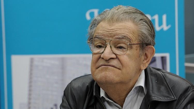 وفاة الكاتب الروسي الأبخازي فاضل إسكندر