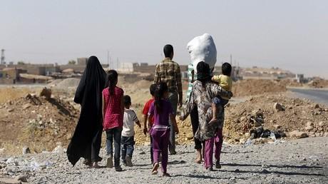 عوائل نازحة في العراق تتعرض لهجمات داعش