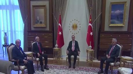 أنقرة: يجب ربط الجيش برئاسة الجمهورية
