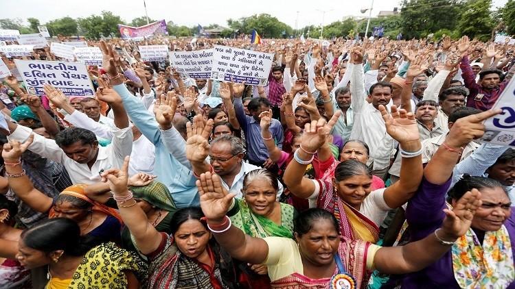 الهند ترسل موفدا إلى الرياض لإعادة عمالها الجياع