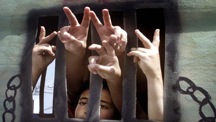 إسرائيل تشرع سجن الأطفال الفلسطينيين القصر