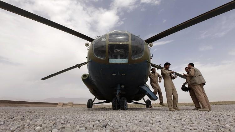 طالبان تحتجز طاقم مروحية باكستانية بينهم روسي