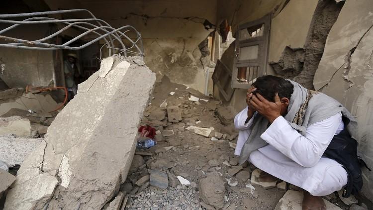 التحالف العربي يقر بقصور في غاراته على اليمن