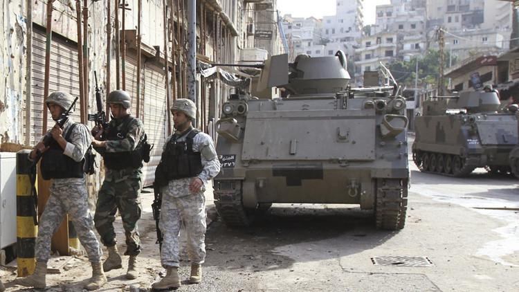الجيش اللبناني يعتقل عناصر من