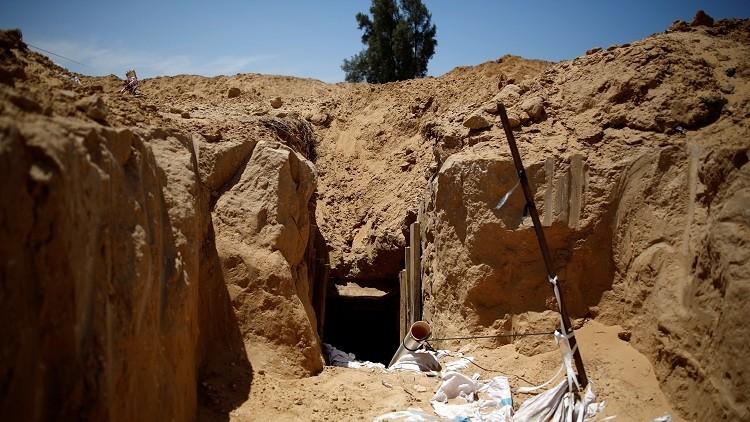 مصرع ناشط من القسام بانهيار نفق وسط قطاع غزة
