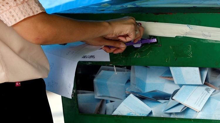 تايلاند.. الناخبون يؤيدون دستورا يدعمه الجيش