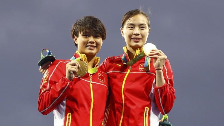 الصينية مينشيا تحفر اسم الصين في تاريخ الأولمبياد