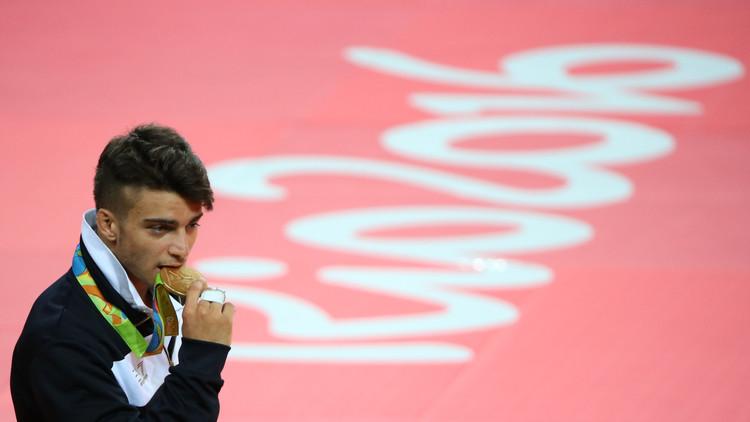 الإيطالي بازيلي يحرز ذهبية وزن تحت 66 كلغ في الجودو