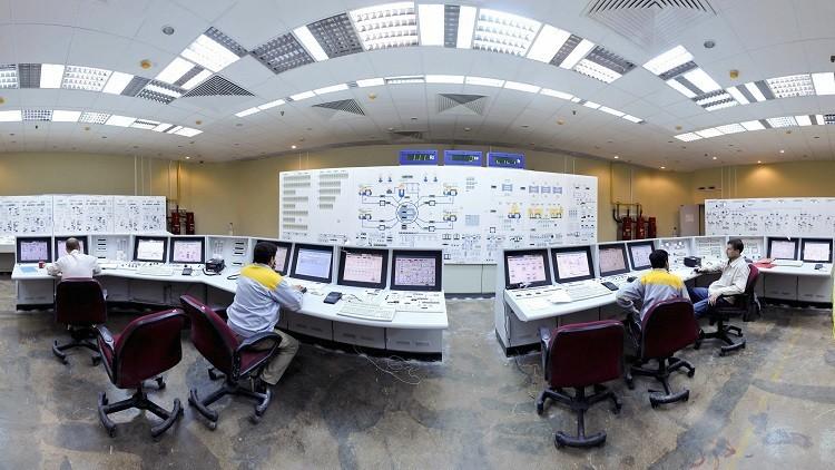 روسيا قد تبدأ ببناء مفاعلين لإيران في 2016