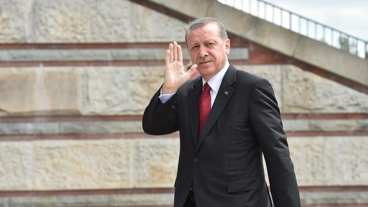 صحيفة: أردوغان اعتذر لـ بوتين باللغة الروسية