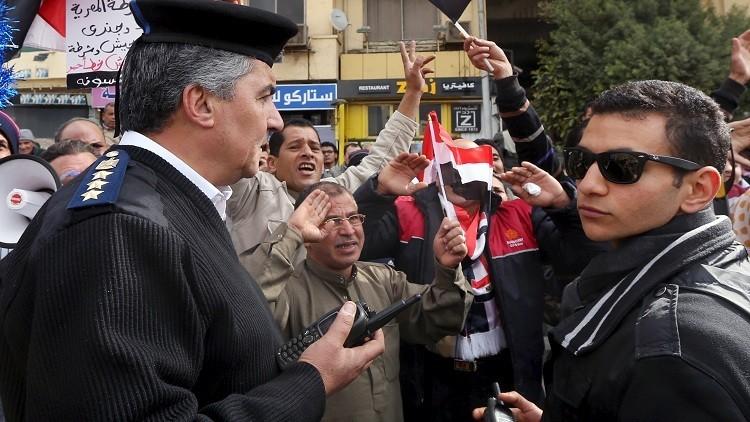 قانون في مصر يمنع ضباط الشرطة من التصريح للإعلام