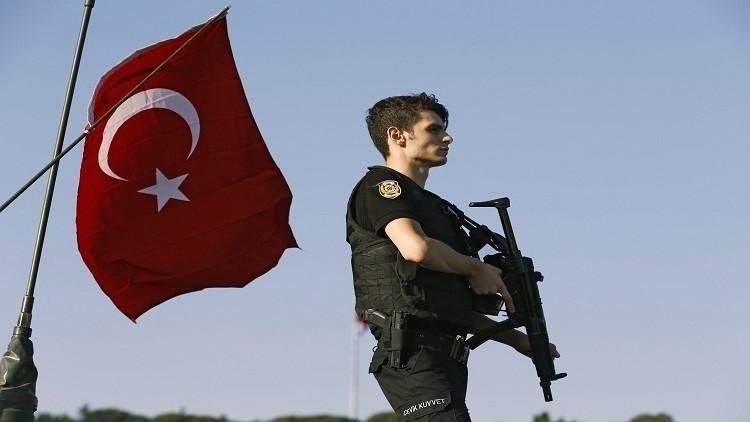 مقتل 5 جنود وإصابة 8 بهجوم جنوب شرق تركيا