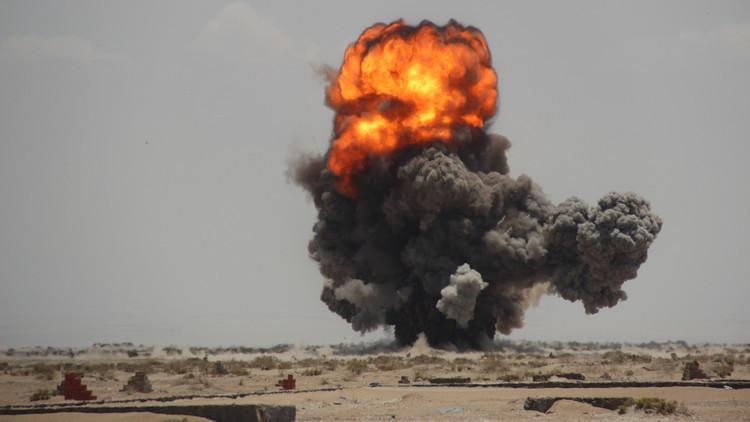 18 غارة للتحالف في حرض والحوثيون يردون بصاروخين باليستيين