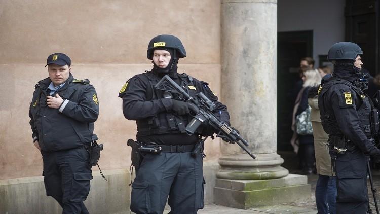 الشرطة الدنماركية تعتقل طالب لجوء هدد بتفجير نفسه