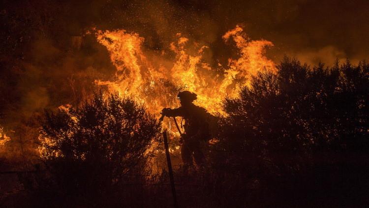 حرائق كاليفورنيا سنة 2015 سببها