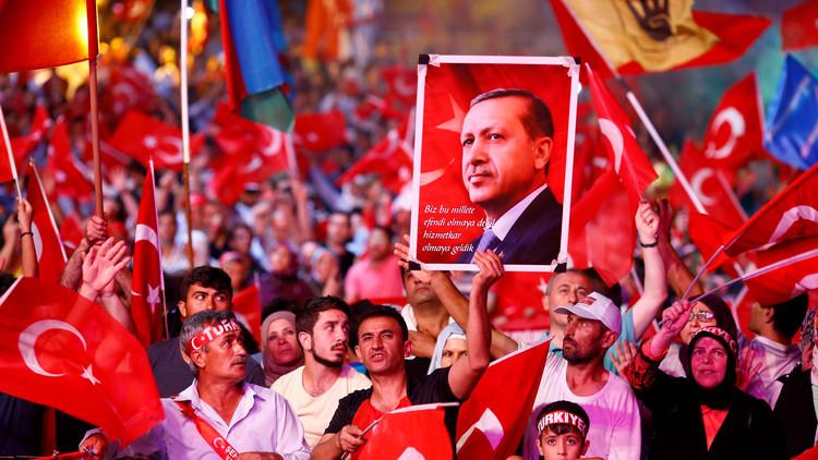 أردوغان يخير واشنطن بين تركيا وغولن