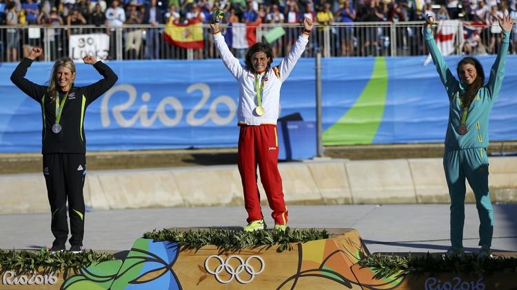 الإسبانية تشوراوت تفوز بذهبية الكانوي المتعرج