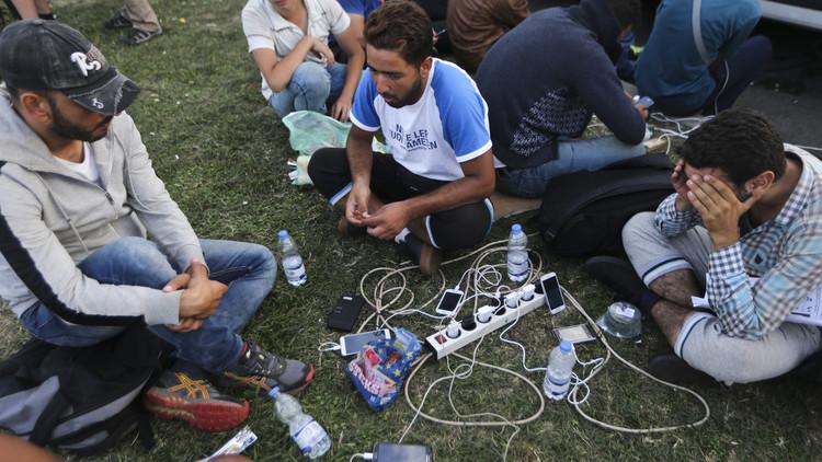 ألمانيا تنوي تفتيش حسابات اللاجئين على فيسبوك