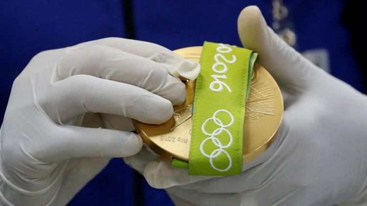 سنغافوري ينال ذهبية بقيمة مليون دولار!