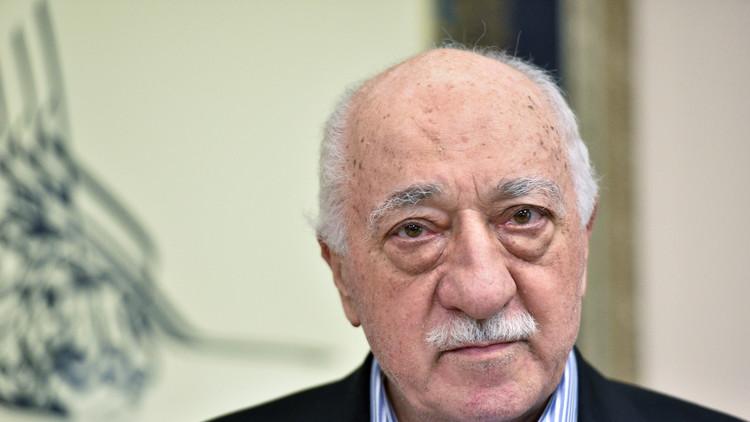 تركيا تطلب من الولايات المتحدة اعتقال غولن