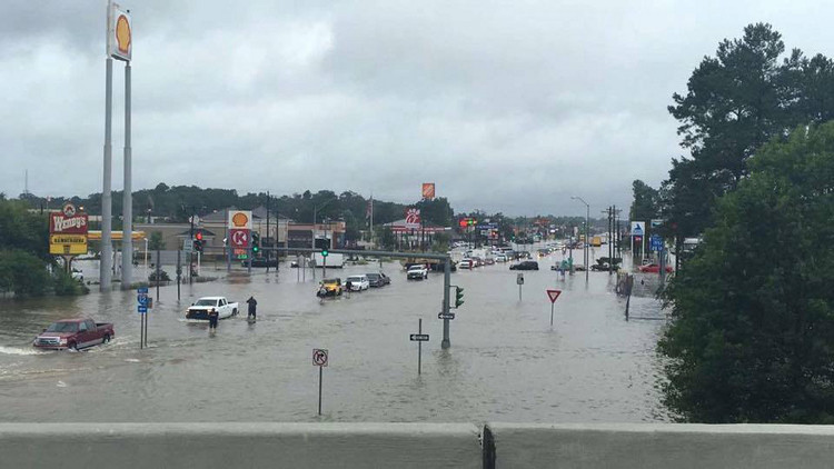 مقتل 5 أشخاص بسبب الفيضانات في لويزيانا وأوباما يعلنها منطقة كوارث