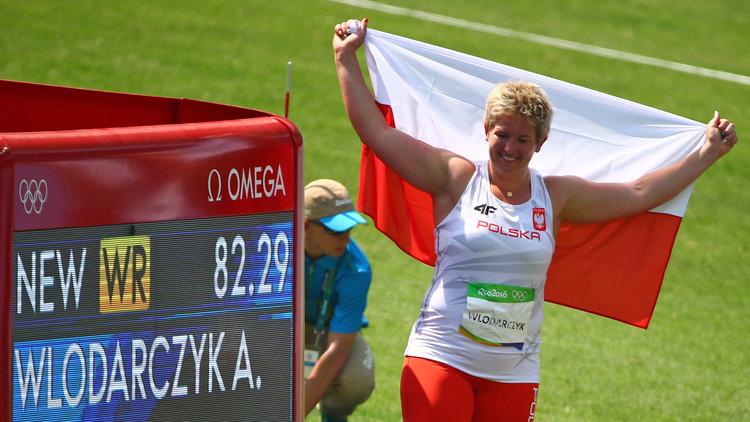 ذهبية ورقم قياسي عالمي للبولندية فلودارتشيك في مسابقة رمي المطرقة