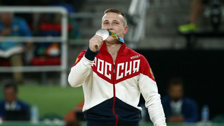 الروسي أبلازين ينال فضية حصان القفز