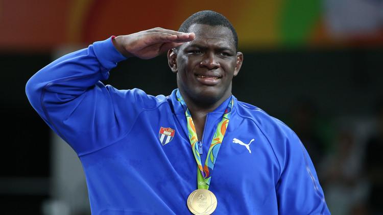المصارع نونيز يهدي كوبا ذهبية وزن 130 كلغ