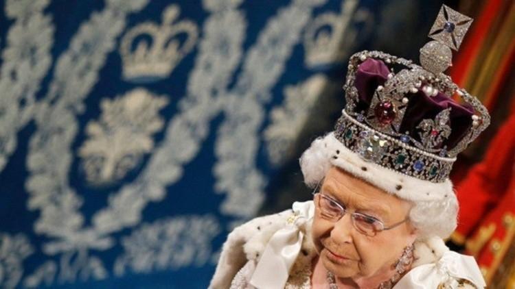 توقيف صيني بتهمة محاولة اغتيال ملكة بريطانيا