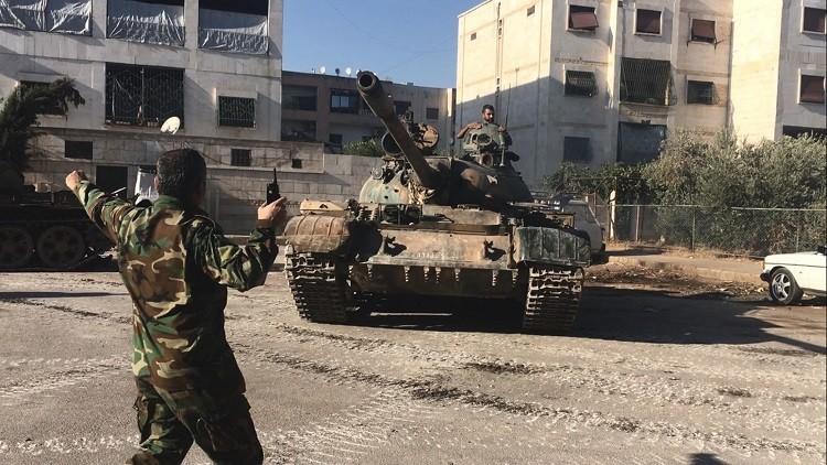 الجيش السوري يهاجم مواقع عسكرية في حلب سيطر مسلحون عليها مؤخرا