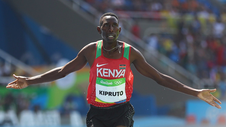 الكيني كيبروتو يفوز بذهبية 3 ألاف م موانع