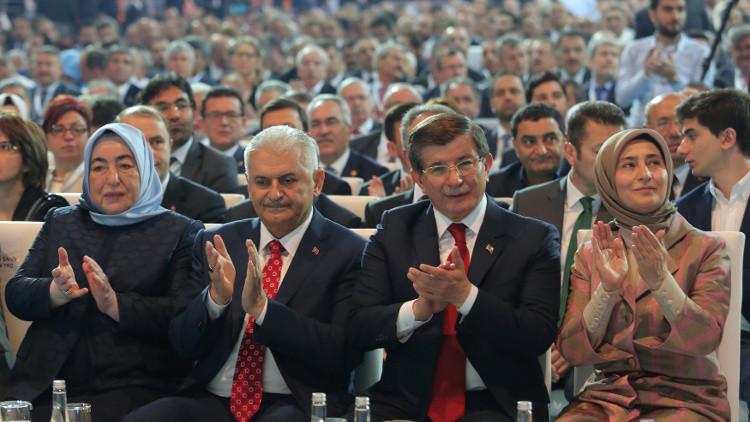 احتجاز مسؤول تركي على خلفية الانقلاب الفاشل