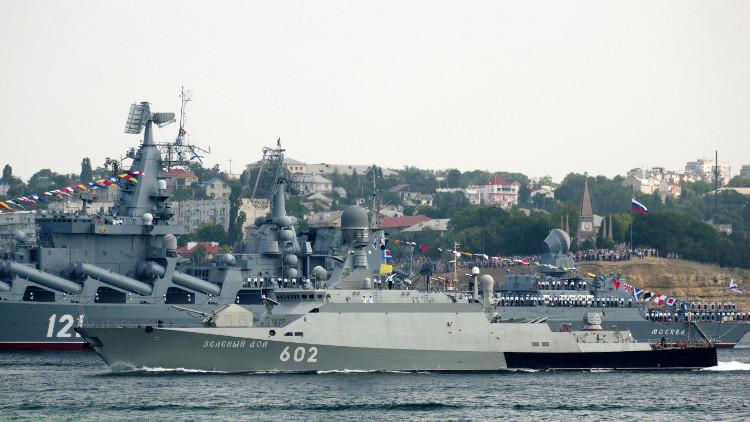 الأسطول الروسي يضرب